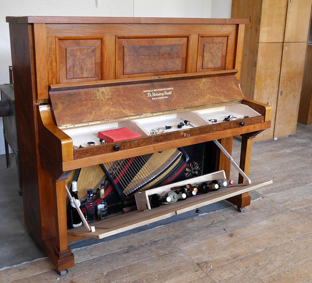 deine eigene pianobar michael hallinger klavierbau. Black Bedroom Furniture Sets. Home Design Ideas